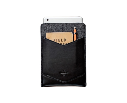 WELT Hollow Ground iPad Air